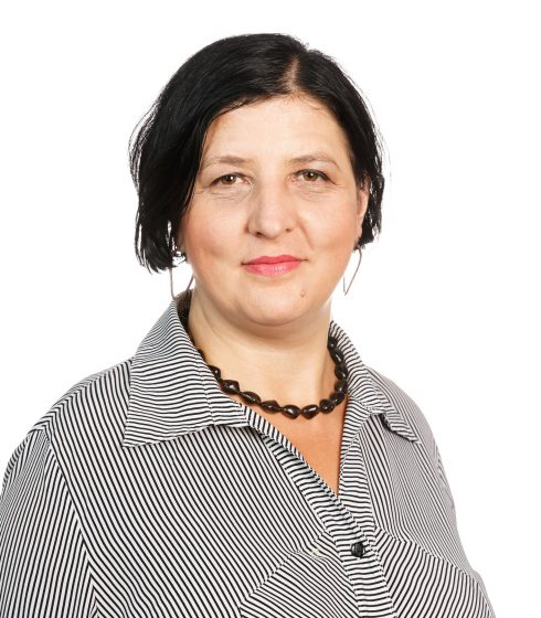 Valeria Lazăr